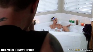 YouPorn - Brazzers Eva notty has some fun in the tub youporn