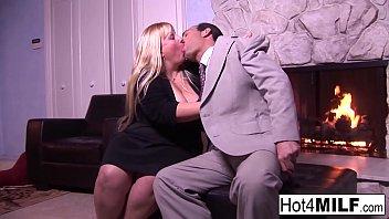 BBW MILF Cassie lets him cum in her tight pussy