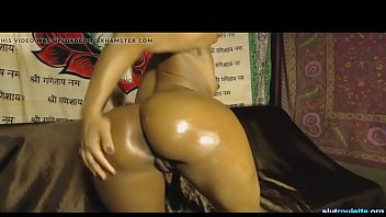 Bubble butt Ebony Teen On Cam