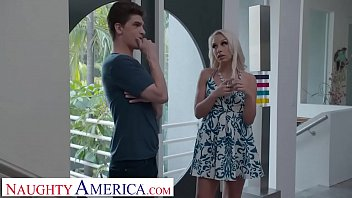 Streaming Video Naughty America Carmen Caliente seduces friend's husband - XLXX.video