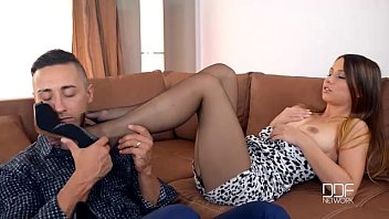 Young teen pantyhose bald ukskirt cum - Sleek and irresistable