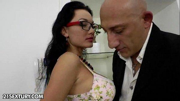 סרטי סקס Anal Training of Prensley