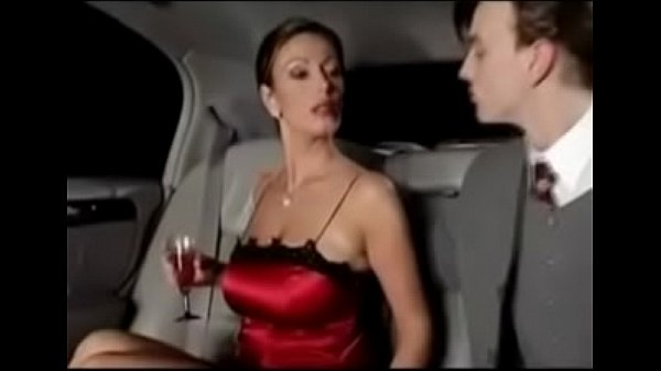 Sexy Lady Fuck in Limousine - More videos on milfporn4u.easyxtubes.com Thumb