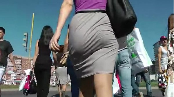 Booty Walking in the street and Shaking Ass Thumb