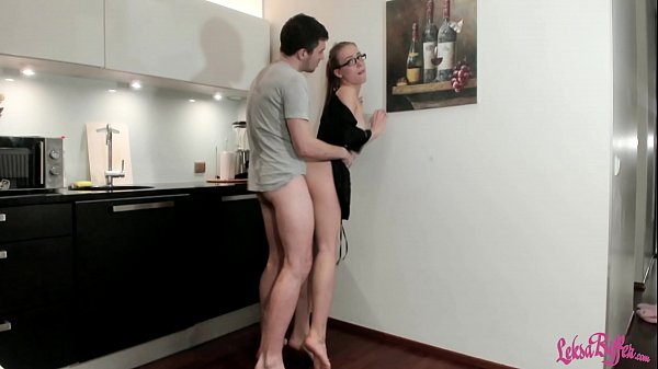 Plumber Hard Rough Fuck Sexy Housewife and Cum in Mouth