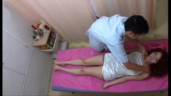 Amazely Sexy Asian Girl Gets Excited in Massage Session - thevoyeurtube.net Thumb