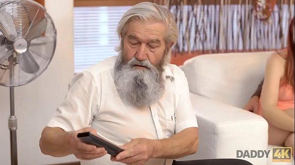 Видео секс с пожилым мужчиной смотроеть