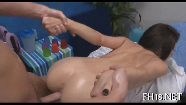 Hot 18 year old babe gets screwed hard Thumb