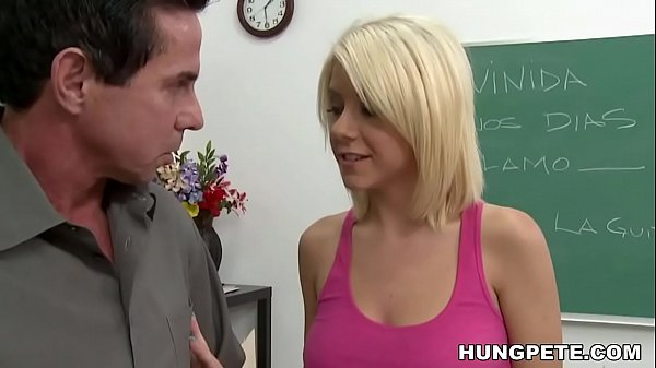 Tessa Taylor takes Peter North's big dick Thumb