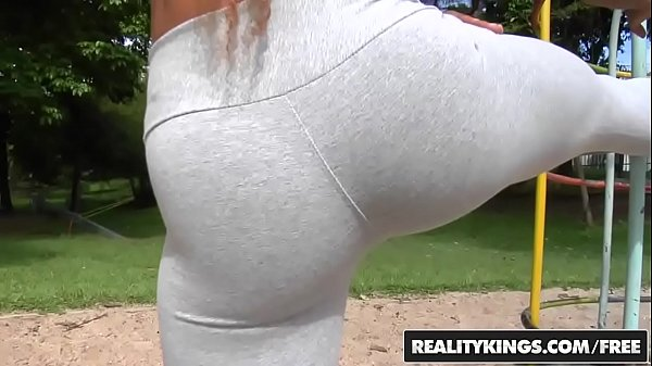 RealityKings - Mike in Brazil - (Brenda, Tony Tigrao) - Work It Out