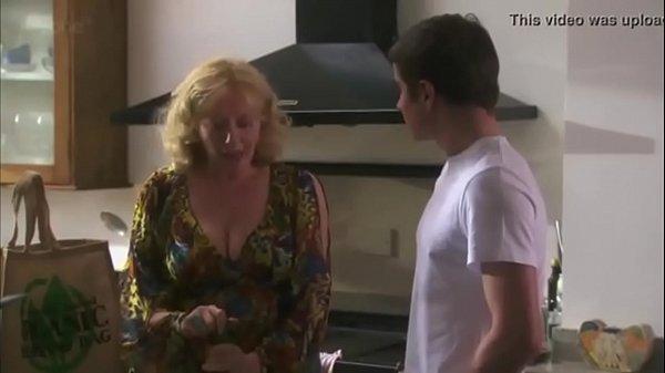 Infedele moglie con grandi tette film porno