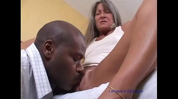 sexi ebanovina porno video djevojčica jebana velikim kurac