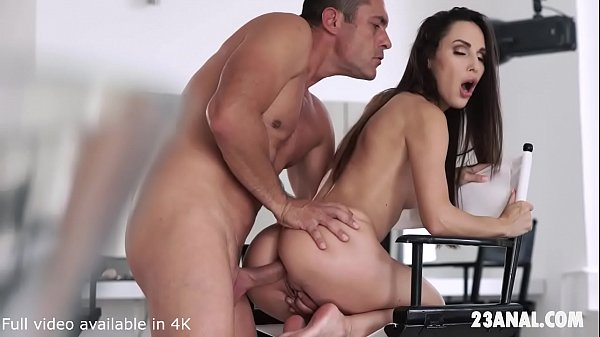 Lilu Moon Experiences a great Anal Ride by White bloke