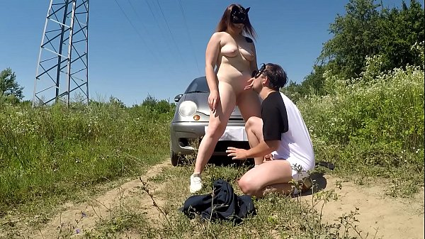 Public fucking with a guy near the car (EATING HIS CUM FROM PUSSY)