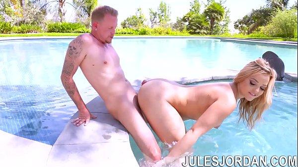 Jules Jordan - Alexis Texas' Big Butt Teasing Jules Jordan's Cock With Anal Sex