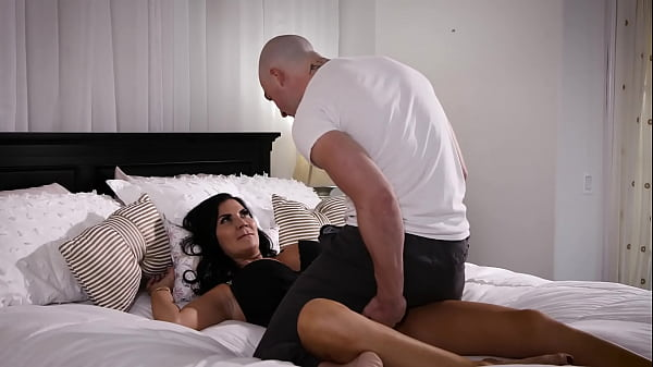 We Shouldn't Be Doing This, Stepson! - Jasmine Jae, Zac Wild
