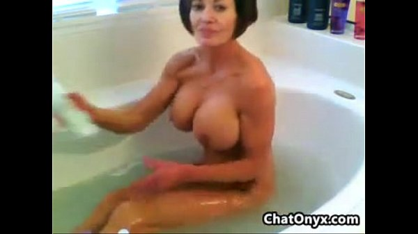 Fit And Busty MILF In The Bath Tub