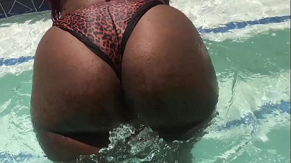 big booty dirty diana gets fucked after swimming at the pool