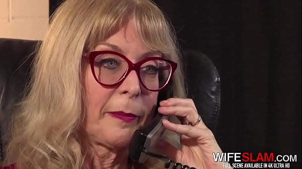 Hot Mature Wife Nina Hartley Spreads Her Pussy ...