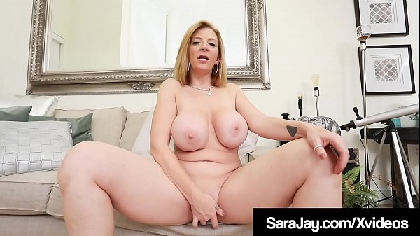 Thick PAWG Sara Jay Squirts Girly Cum While Finger Banging! Thumb