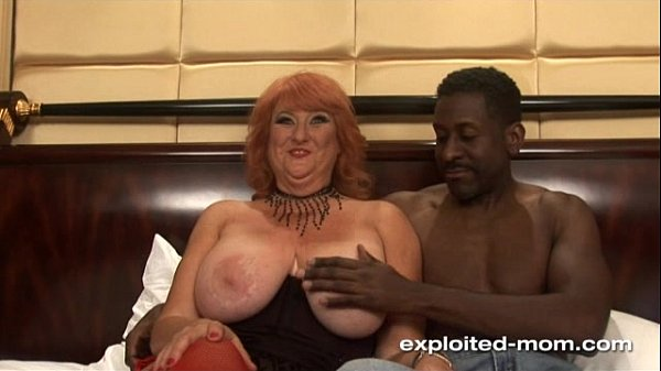 Amateur Mom Big Boob redhead milf fucking black...