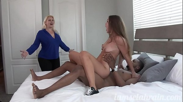 Kendra Heart Shares Her Black Cock with Her Stepmother Selah Rain