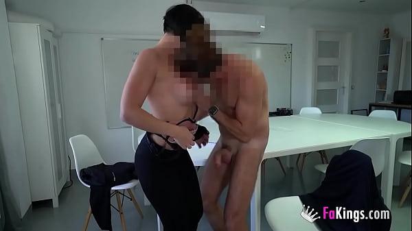 A spectacular teacher licks her best student's cock Thumb