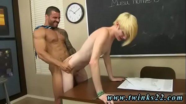 Порно лесбиянка совратила натуралку