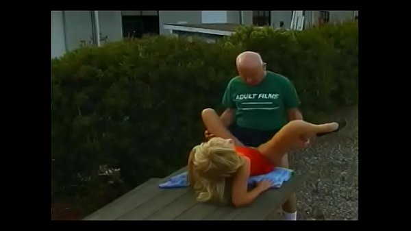 Horny old man nails blonde MILF in a picnic site