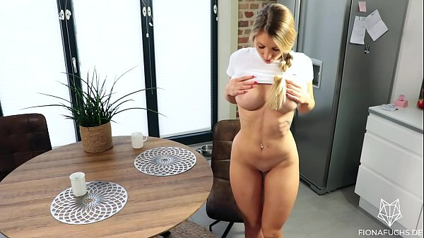 Blonde babe gets fucked on the kitchen table Thumb