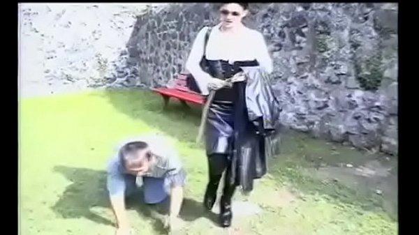 Домашние фото голых девушек в мехах