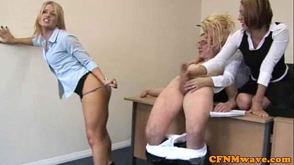 CFNM hj loving office ladies