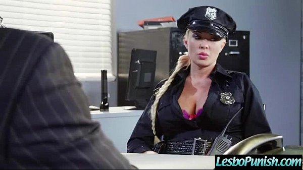 Uniform lesbisk sex
