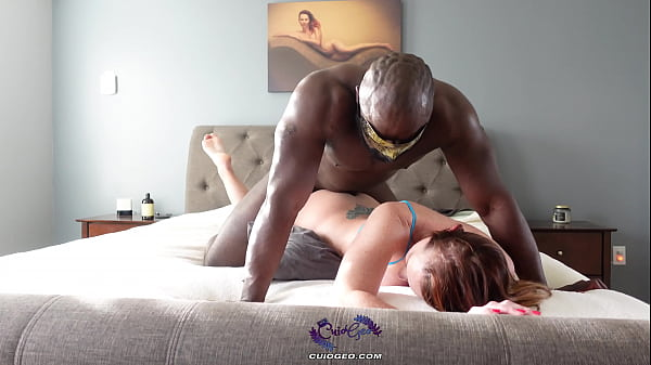 Ginger milf hotwife takes muscular BBC in front of husband Thumb