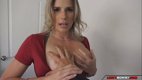 son checks mom tits