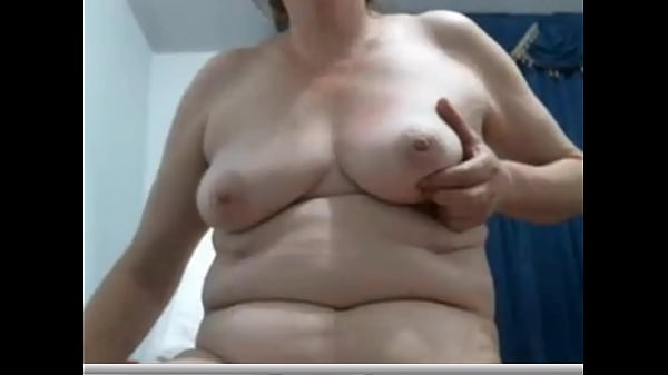 Chubby mature enjoys spreading pussy on cam Thumb