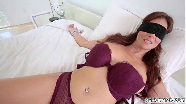 Stepmom blindfolded while sucking dick Thumb
