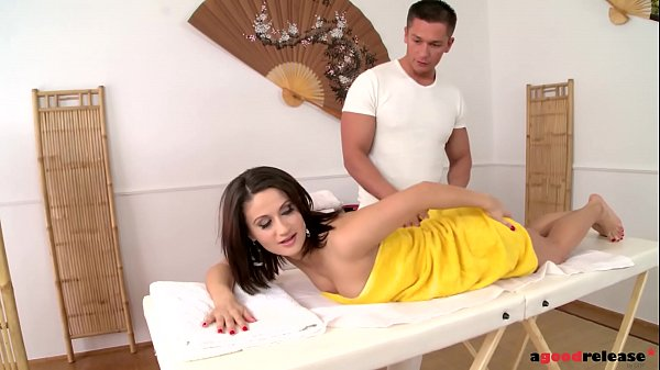 Euro Beauty Madlin enjoys a secret massage Anal Fuck