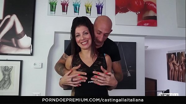 CASTING ALLA ITALIANA - Ass fuck and gape with playful european mature
