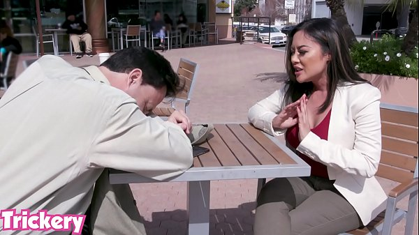 Trickery - Kaylani Lei tricked into anal sex with a stranger Thumb