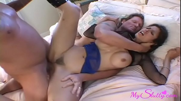 Succulent Wife Makes a 3some With Hubby and a Friend