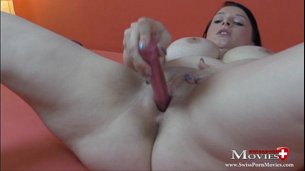 Teeny Lindsay 22 verwöhnt sich selber bis zum Orgasmus - SPM Lindsay22MA01