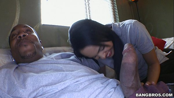 Angelina Stolie Has a Monster Cock for Lunch (mc15018)