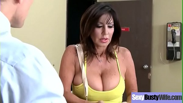 Hardcore Sex Action With Big Round Boobs Housewife (Tara Holiday) clip-25 clip1
