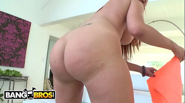 BANGBROS - Glorious PAWG Kelly Divine Gets Ass Hole Stuffed By Mike Adriano Thumb