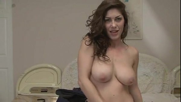 Busty granny gives a blowjob and swallows_pic6971