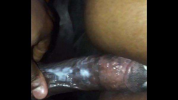 Зрелые целуют попы порно online