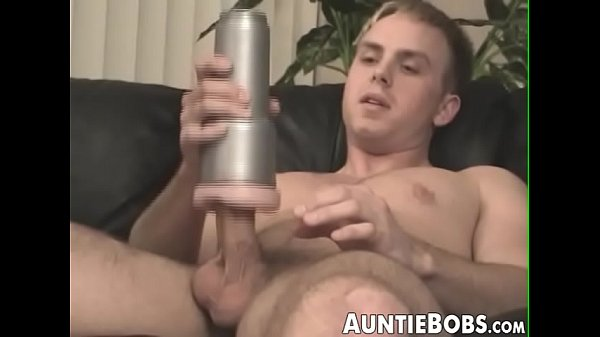 2018-12-07 02:30:59 - Muscular young gay impales fleshlight with dick after BJ 8 min  http://www.neofic.com