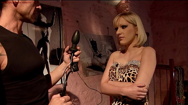 Curious Isabelle wants a new sexual experience.BDSM movie.Hardcore bondage sex.