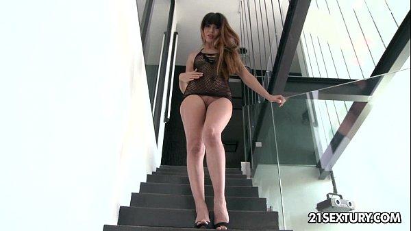 Смотреть порно со стройной фигуркой